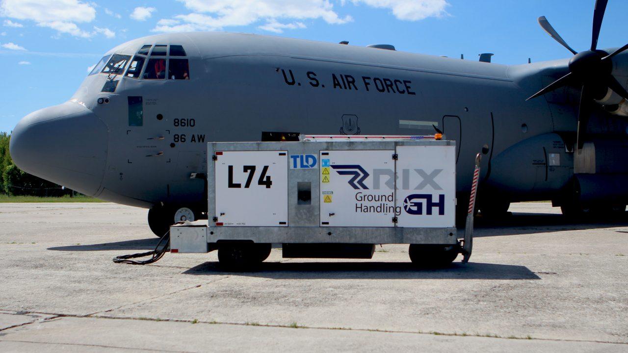 Pakalpojumi militārajiem lidojumiem
